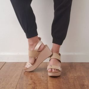 CLARKS Artisan Leather Nude Wedge Sandals Size 10